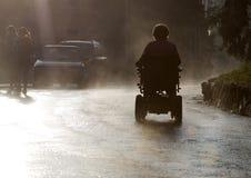 Inválido en la lluvia Foto de archivo