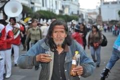 Invånarna av staden under karnevalet i hedern av oskulden av Guadalupe Arkivbild