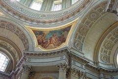 Invalide的圣路易斯大教堂的内部绘画  免版税库存照片