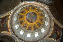 Invalides的天花板在巴黎, 库存图片
