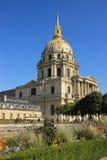 Invalides的教会在巴黎 免版税库存图片