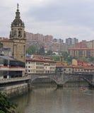 Invallning av floden Nervion i staden Bilbao royaltyfria foton