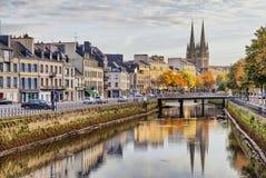 Invallning av floden Odet i Quimper, Frankrike arkivfoto