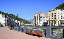 Invallning av Rosa Khutor Alpine Resort. Arkivbild