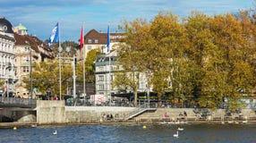 Invallning av sjön Zurich i staden av Zurich Royaltyfri Bild