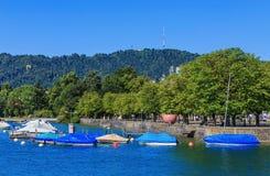 Invallning av sjön Zurich i staden av Zurich, Schweiz Arkivbilder