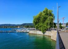 Invallning av sjön Zurich i staden av Zurich, Schweiz Fotografering för Bildbyråer