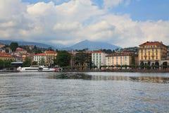 Invallning av staden av Lugano royaltyfri bild