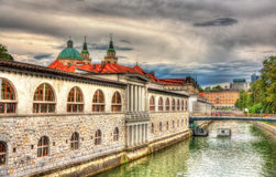 Invallning i Ljubljana, Slovenien royaltyfria foton