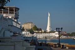 Invallning och bajonett och att segla monumentet i Sevastopol, Krim royaltyfri bild
