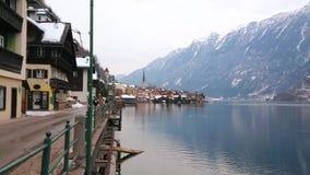 Invallning på Hallstattersee sjön, Hallstatt, Österrike arkivfilmer