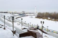 Invallningen av staden av Tyumen i vintertid Ryssland Royaltyfria Foton
