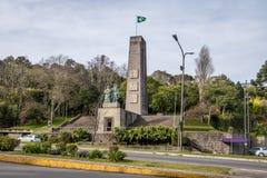 Invandrande monument - Caxias gör Sul, Rio Grande do Sul, Brasilien Arkivfoton