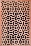 Invecklat snida av stenfönstergallret på den Humayuns gravvalvet, Delhi arkivfoto