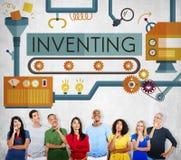 Inventando l'innovazione crei il concetto trattato creativo immagine stock