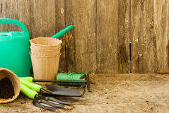 Inventario del giardino per il lavoro nel giardino Immagini Stock Libere da Diritti