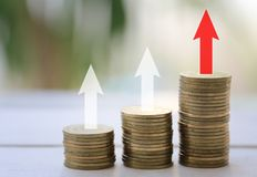 Inventez la pile dans le concept de la rentabilité dans des investmen d'affaires images stock