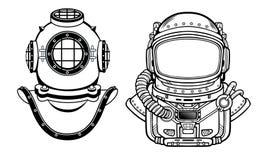 Inventions humaines : casque antique de plongée, costume du ` s d'astronaute Passé et contrat à terme La science de profondeur Photographie stock