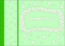 Inverdica la cartolina d'auguri con i fiori bianchi Fotografia Stock