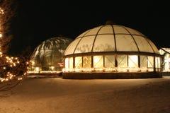 Invernadero el la noche de un invierno fotos de archivo libres de regalías