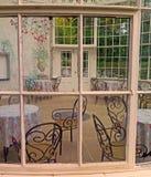 Invernadero en los jardines de Woodstock, Co Kilkenny, Irlanda imagen de archivo libre de regalías
