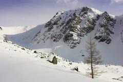 Inverno in alta montagna fotografie stock libere da diritti