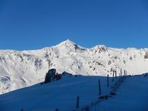 Inverno che skitouring e che scala nelle alpi austriache Immagine Stock Libera da Diritti