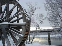 Inverno della Cornovaglia della ruota idraulica scenico fotografie stock