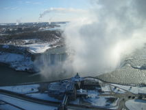 Inverno di cascate del Niagara delle piume Fotografia Stock Libera da Diritti