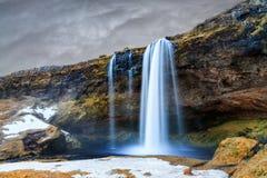 Inverno di Seljalandsfoss immagini stock