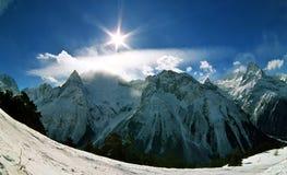 Inverno em Dombai imagens de stock