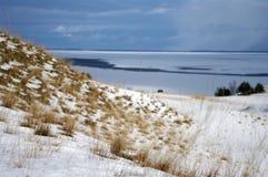 Inverno em dunas inoperantes fotografia de stock