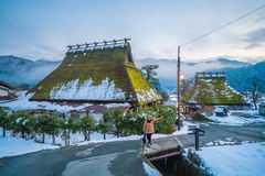 inverno em Kayabuki nenhum Sato em Miyama fotografia de stock royalty free