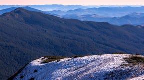 Inverno Mountain View di mattina Fotografie Stock Libere da Diritti