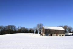 Inverno na exploração agrícola Fotos de Stock