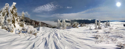 Inverno na montanha Fotos de Stock Royalty Free