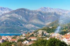 Inverno nella città di Teodo, Montenegro. Fotografia Stock