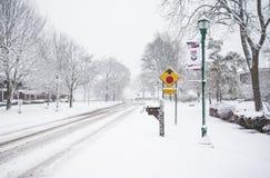 inverno que conduz a segurança Fotos de Stock Royalty Free