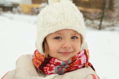 Inverno - ritratto di una bambina Fotografia Stock