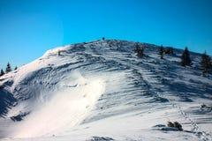 inverno, Ucrânia, montanha, por do sol, carpathian, cordilheira, paisagens, turismo, viagem da neve, fora, céu, névoa, nuvens Fotos de Stock Royalty Free