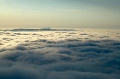 Inversión de las montañas Imagenes de archivo