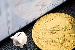 Inversión en monedas de oro Fotografía de archivo