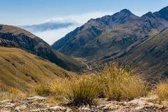 Inversion de nuage au-dessus des Alpes du sud Photographie stock