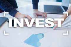 Invest. Return on investment. Financial growth. Technology and business concept Stock Photo