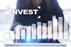 Investeer Rendement van investering Financiële Growth Technologie en bedrijfsconcept royalty-vrije stock afbeeldingen