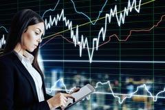 Investera och teknologibegreppet royaltyfri bild