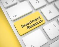 Investeringforskning - meddelande på gul tangentbordtangent 3d Arkivbilder