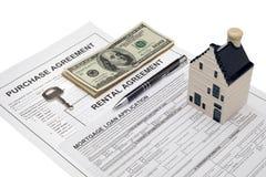 Investimento della proprietà e piallatura finanziaria immagine stock