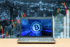 Investimento do mercado de valores de ação da troca de troca de Bitcoin, estrangeiro com tre Fotos de Stock Royalty Free