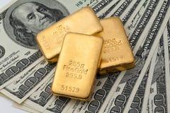 Investimento no ouro real Imagem de Stock Royalty Free